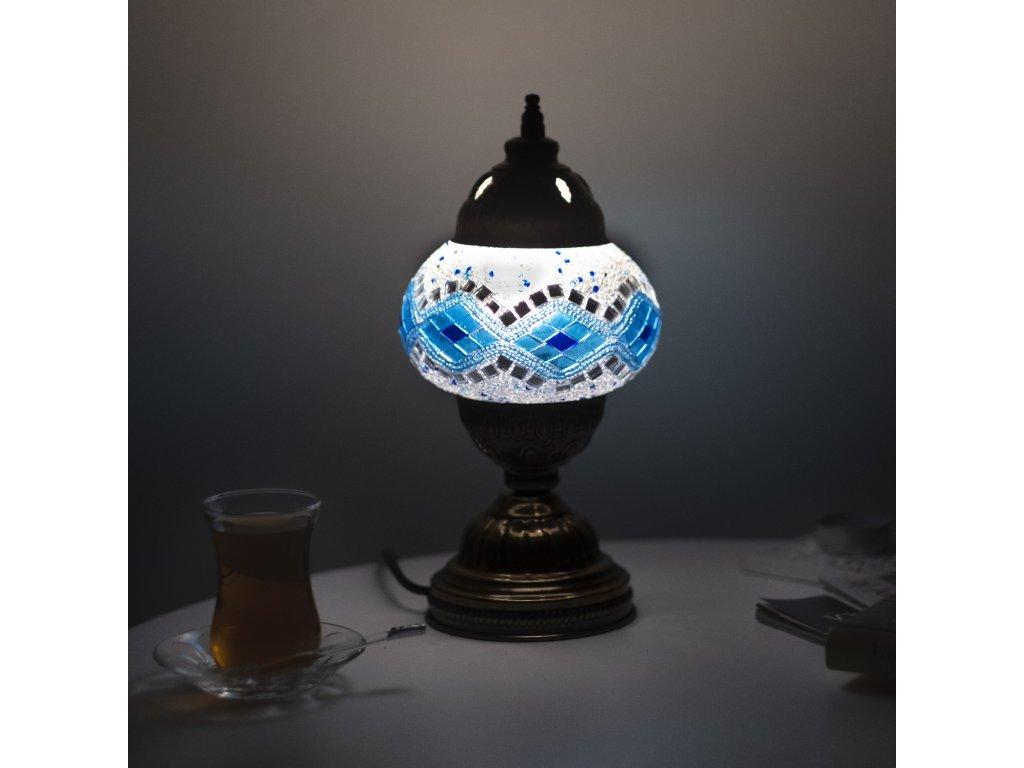 lampa latifa