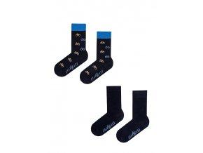 2 páry ponožek - modré a cyklistické