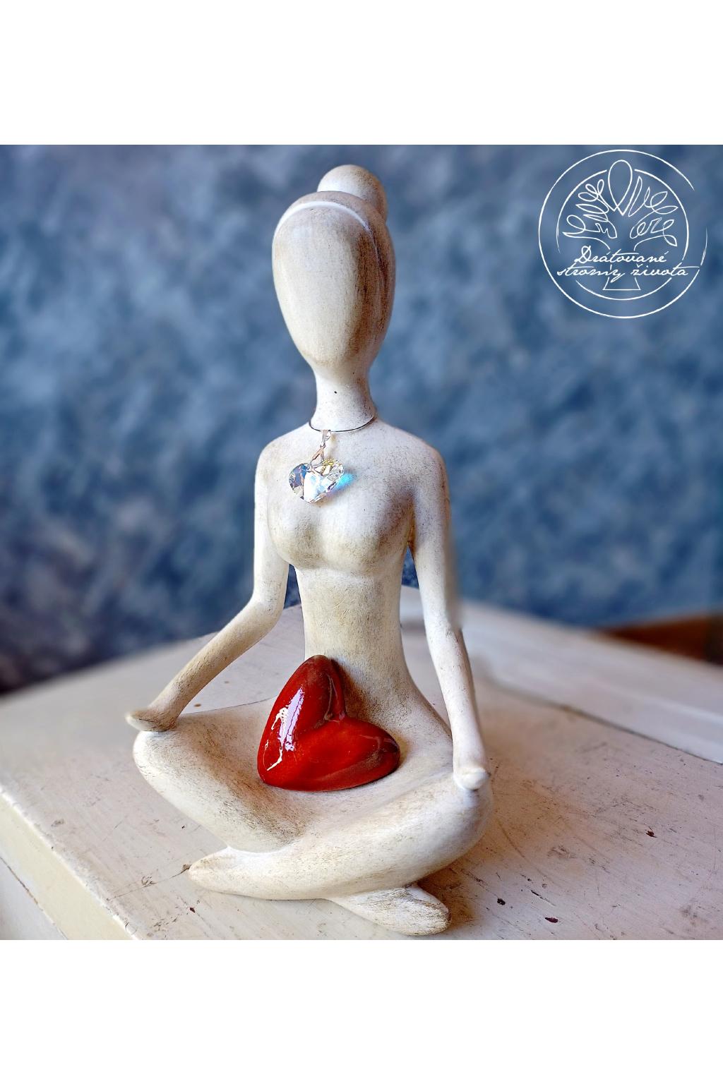 Soška Vnitřní žena - srdce swarovski 30cm