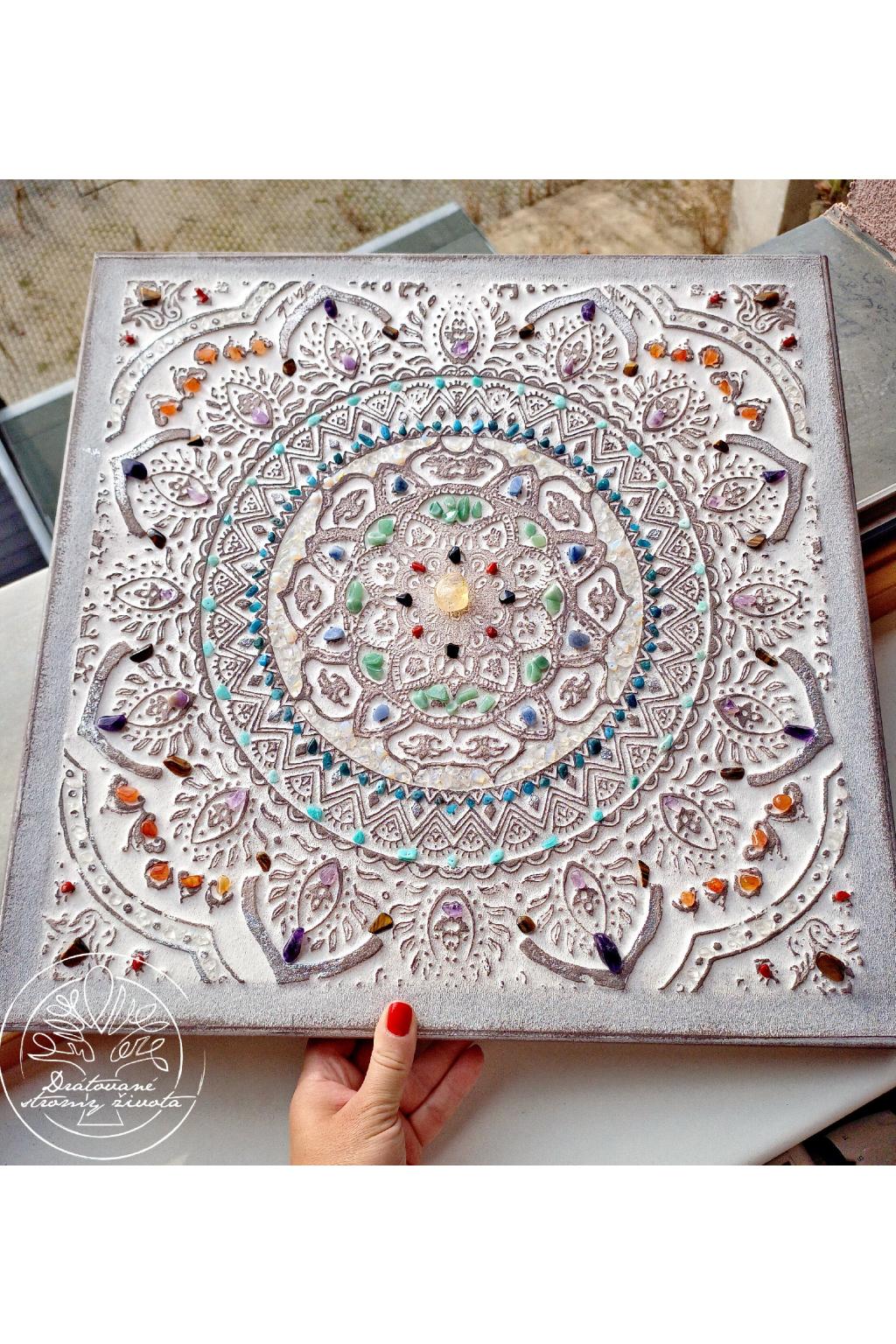 Mandala Polodrahokamy - Harmonizuji tvé čakry 50x50cm