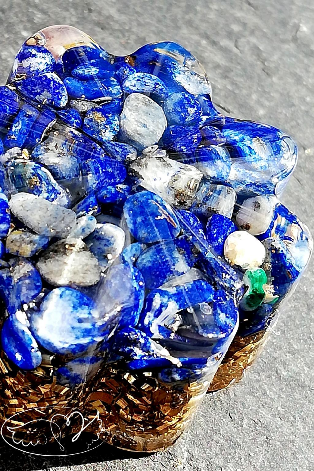 Orgonitová kytička - Intuices lapis lazuli 2,5cm