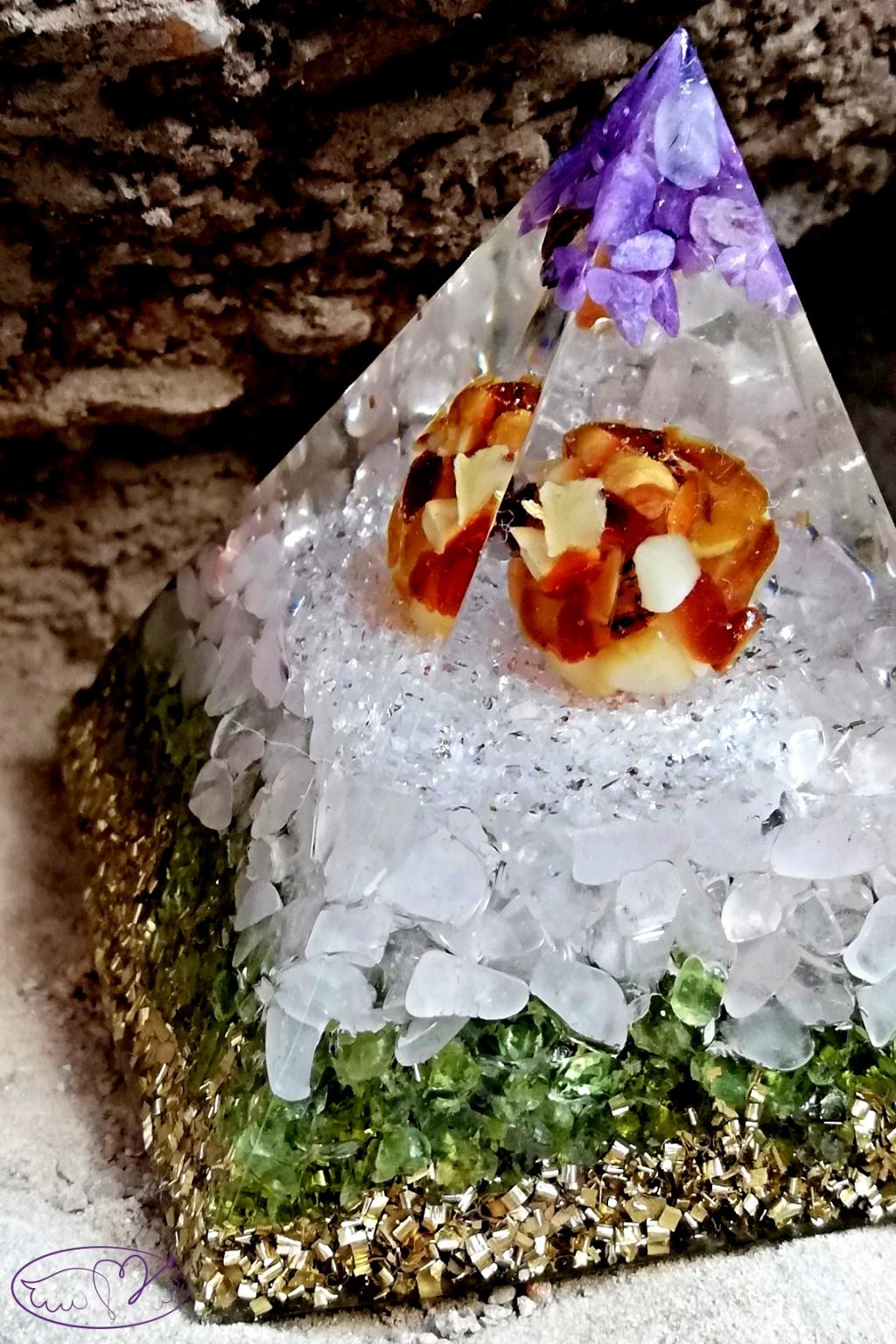 Orgonitová pyramida - uzdravím tě s Jantarem