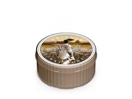 Kringle Candle Far, Far Away vonná sviečka (35 g)