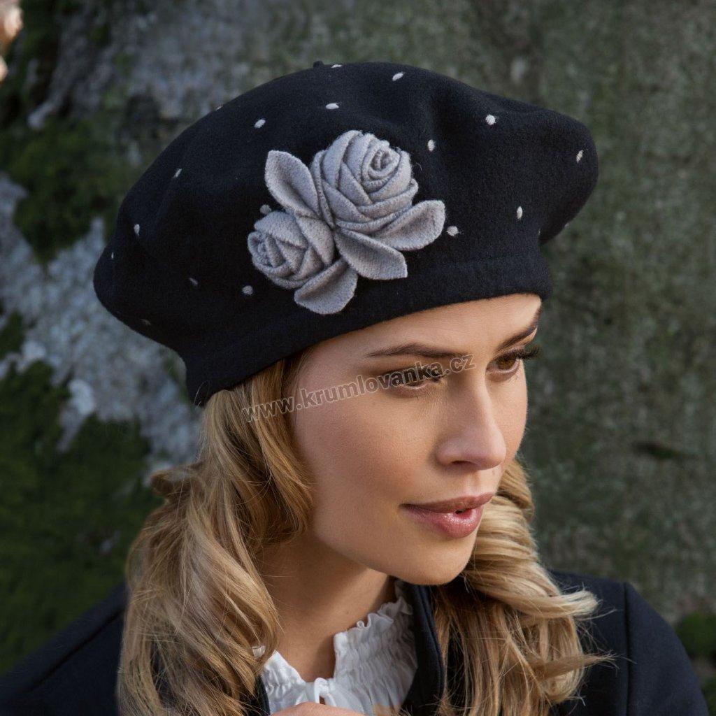 Dámský vlněný baret s puntíky  růžemi