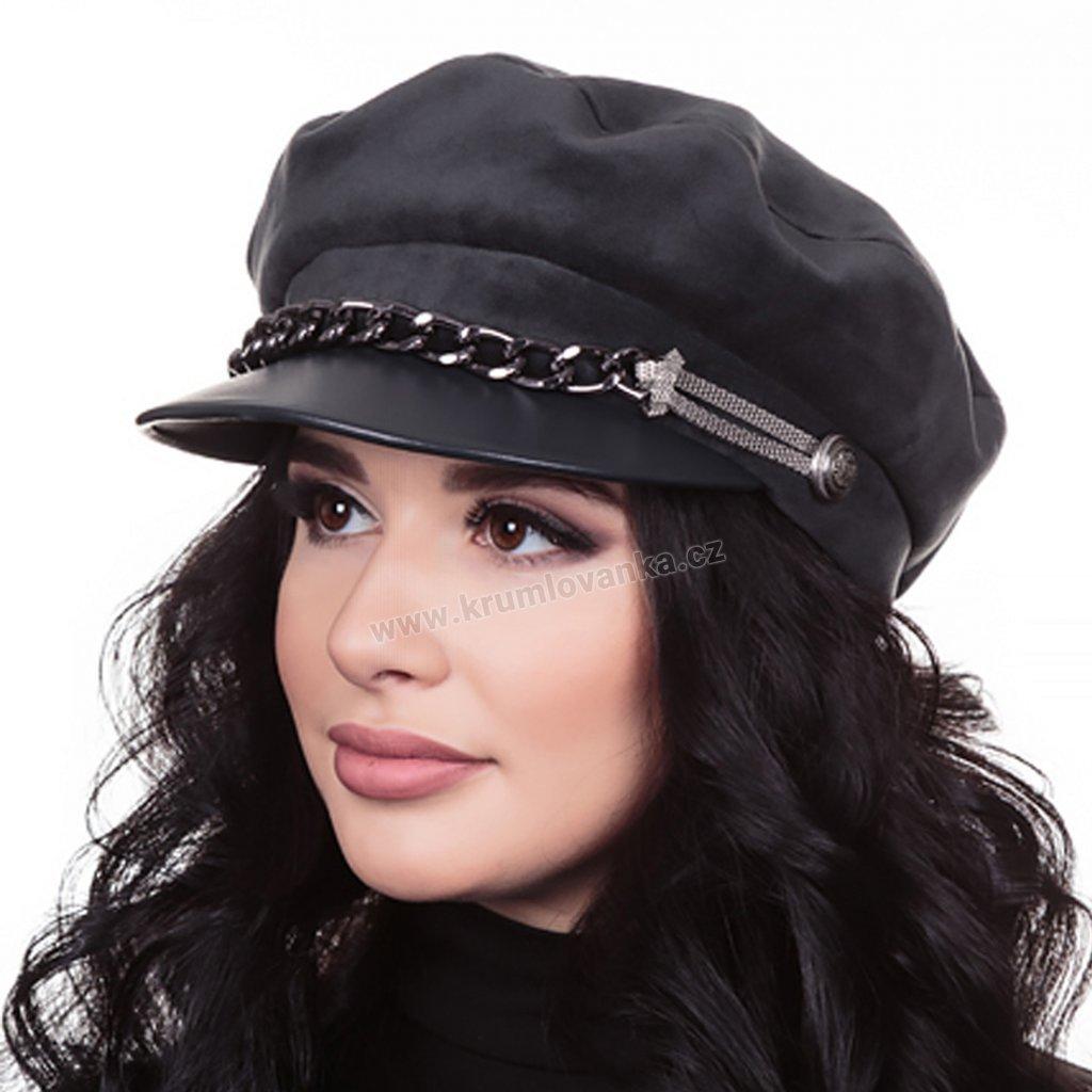 Dámská velurová čepice s koženkovým kšiltem zdobená řetízkem