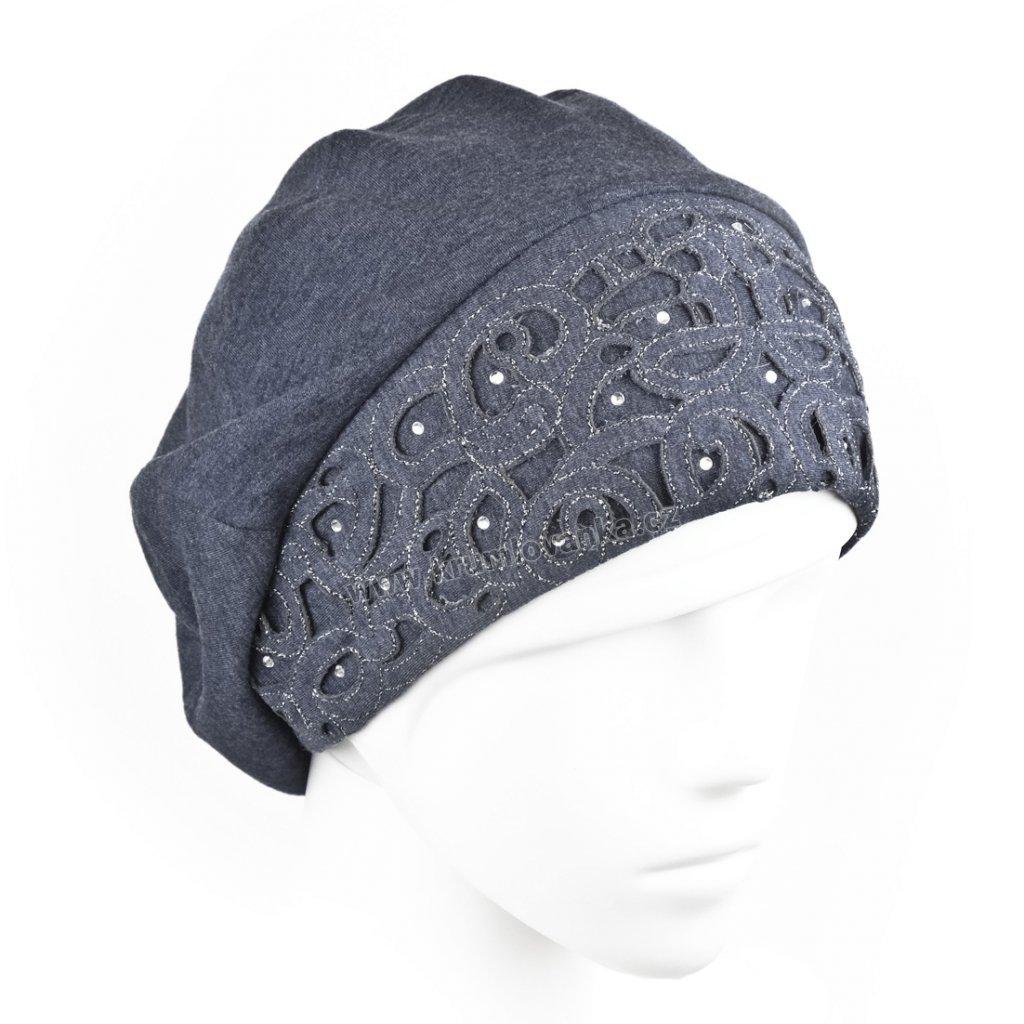 Dámská bavlněná čepice s aplikací ornamentu tmavě modrá