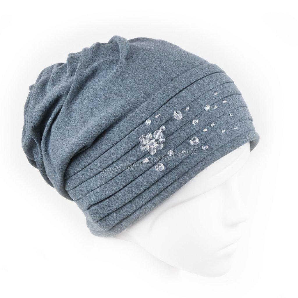 Bavlněná čepice s úvazem do spirály zdobená skleněnou bižuterií světle modrá