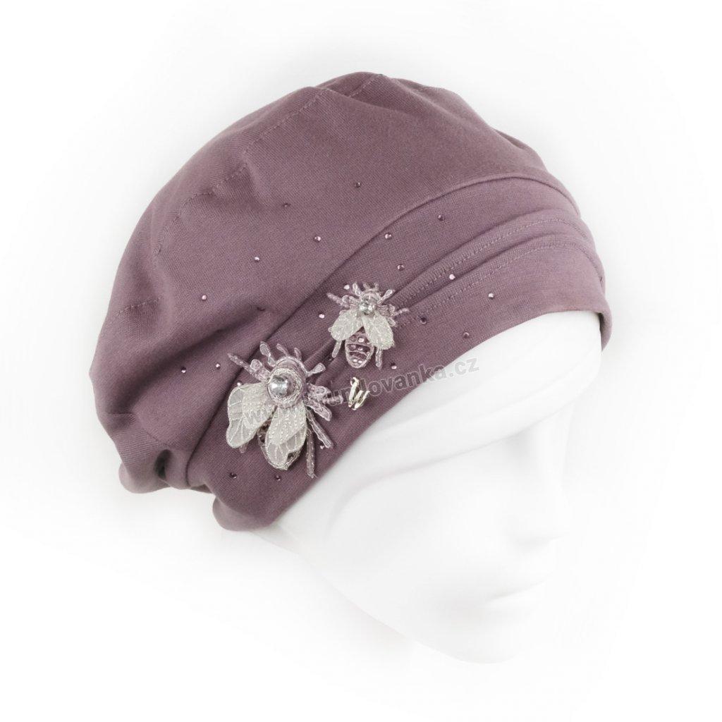 Dámská bavlněná čepice baret se zdobením včelkami a třpytkami starorůžová1