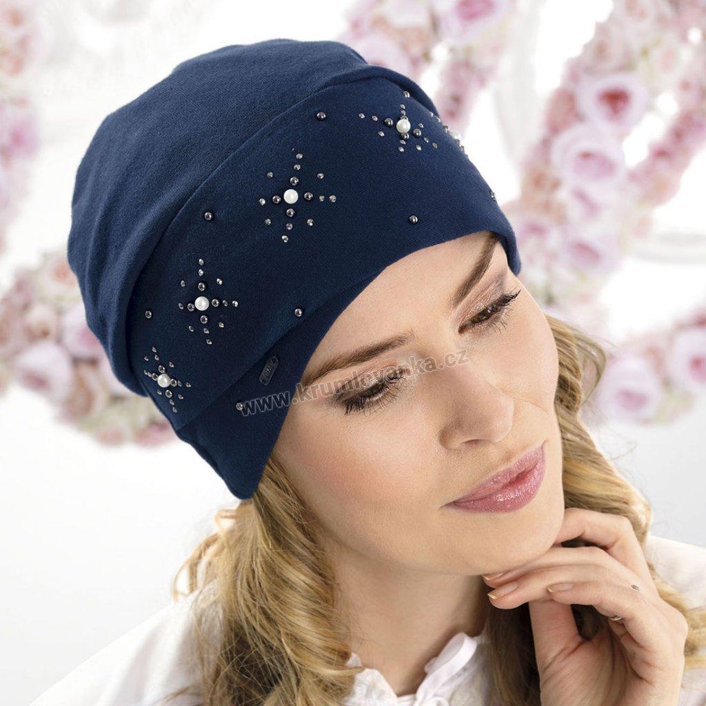 Krumlovanka Dámská bavlněná čepice s aplikací hvězdiček