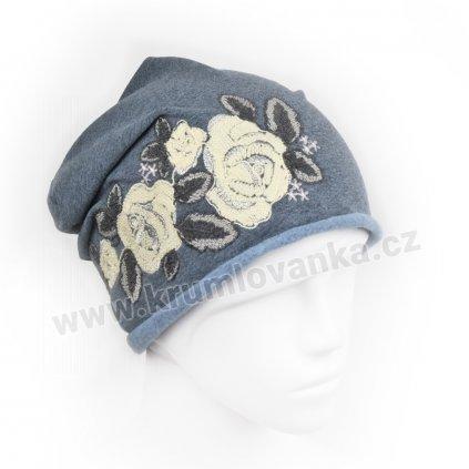 Dámská bavlněná čepice bez lemu s výšivkou čtyřech květů modrá2