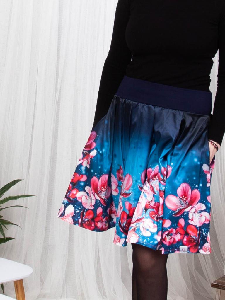 Damska skladana sukne svezi sakura