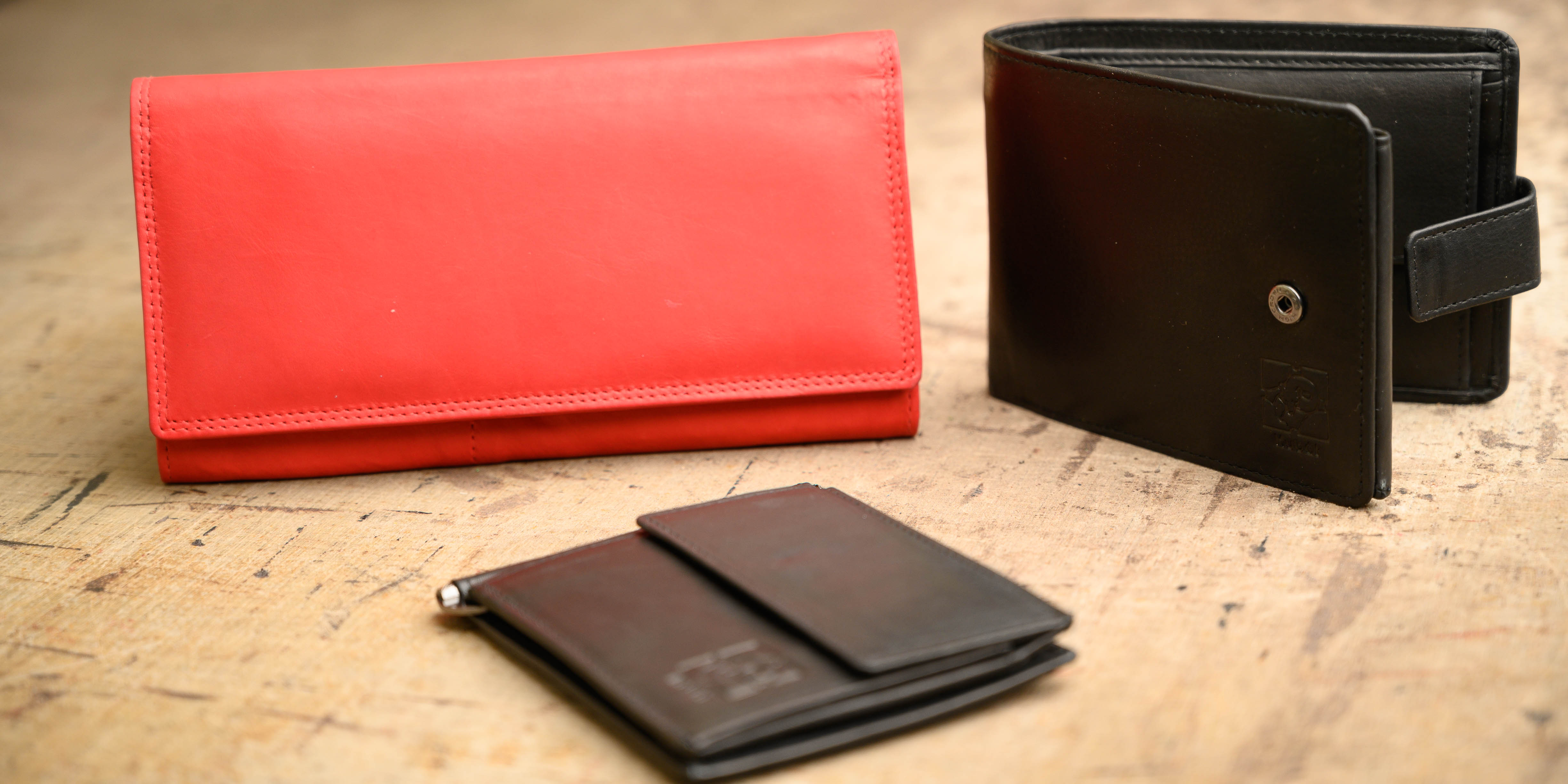 Kožená peněženka z pravé kůže? No jasně!