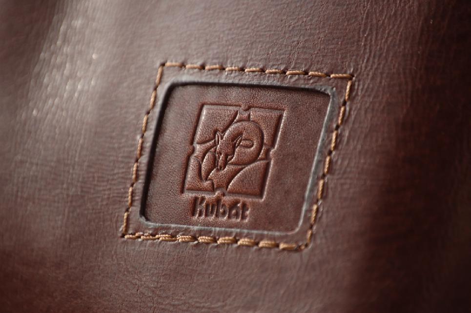 Nadčasový a stylový aneb výhody koženého batohu