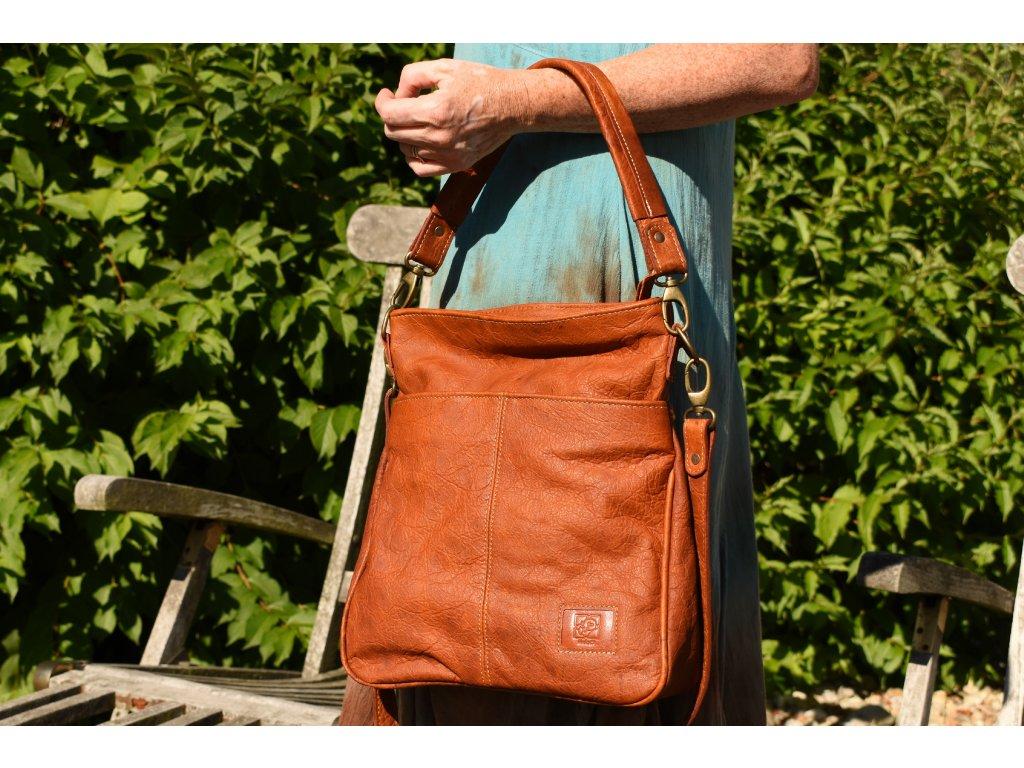 dámská kožená kabelka koňaková Amálka 57643B (4)