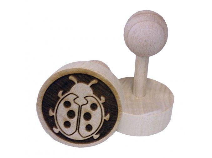 Dřevěné razítko na sušenky - beruška