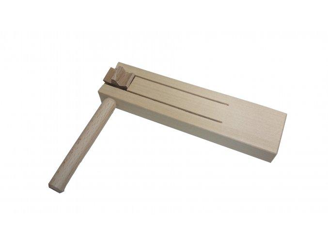 Řehtačka dřevěná malá 15 cm