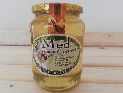 Med akátový