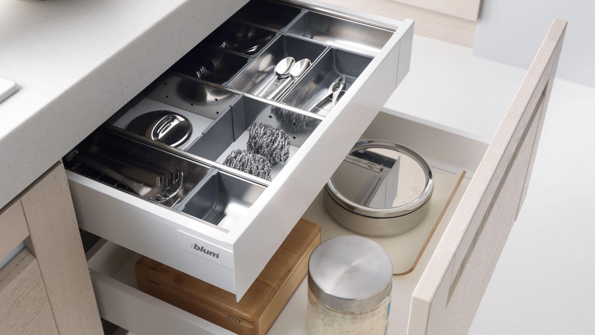 Vybavení kuchyňských skříněk