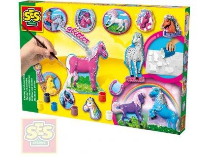 SES CREATIVE Koně odlévání a malování kreativní set se sádrou a doplňky
