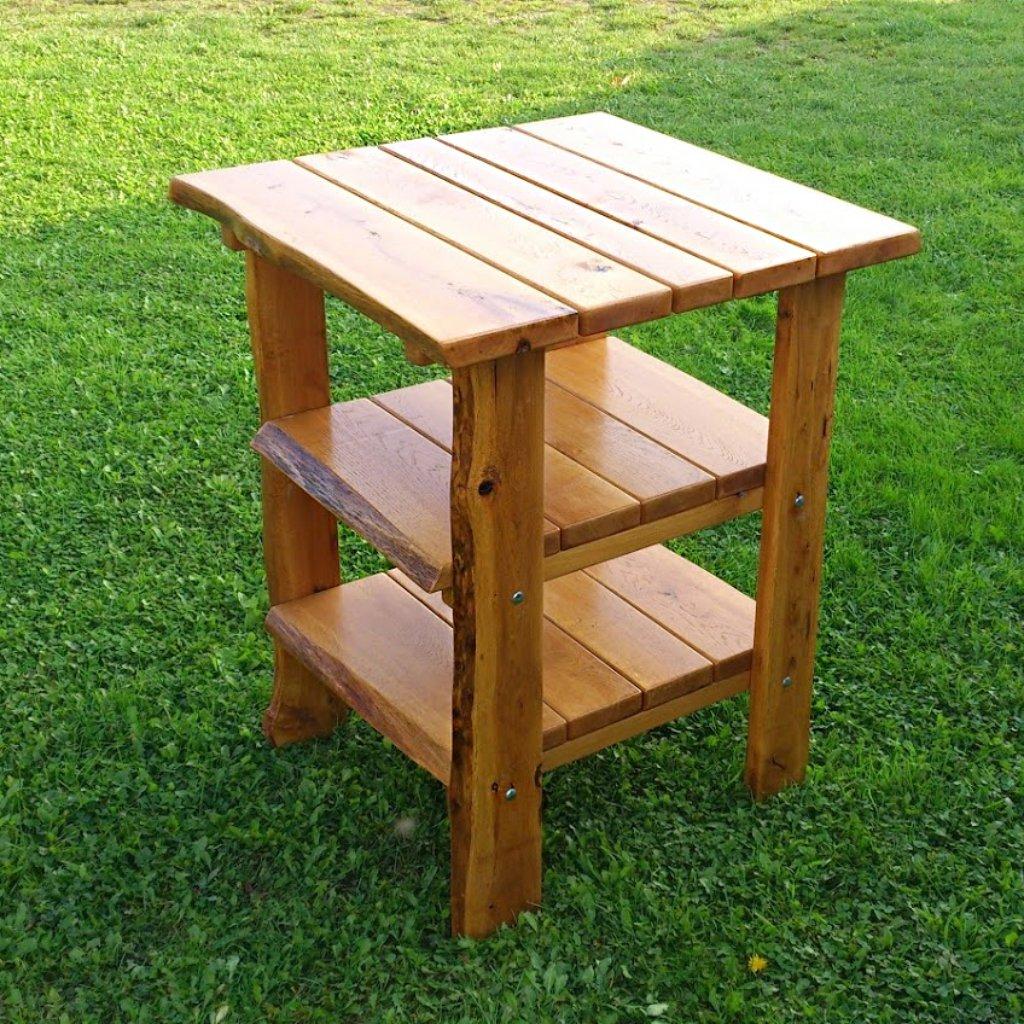 Dubový zahradní stolek