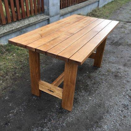 Dubový zahradní stůl