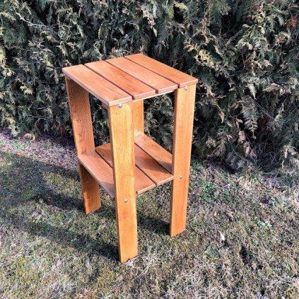 Klasický odkládací stolek