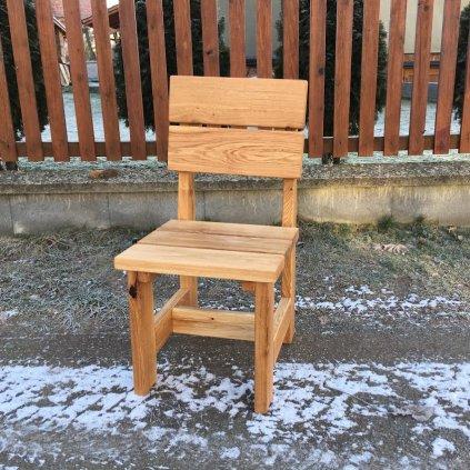 Masivní dubová židle