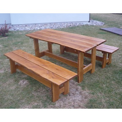Zahradní dubový nábytek