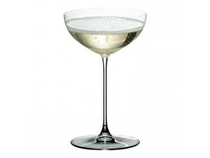 Poharak Martini Veritas