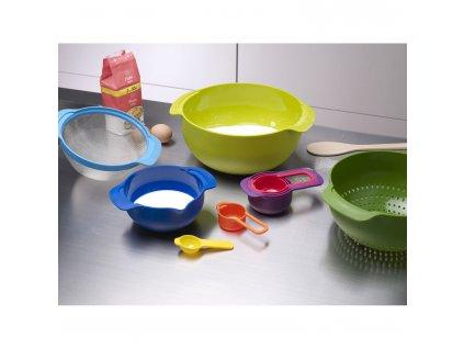 Zestaw łatwych w przechowywaniu misek i miarek Multi-colour Nest™ 9 Plus