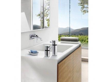 Ścienny dozownik mydła w płynie AREO polerowana stal nierdzewna 220 ml Blomus