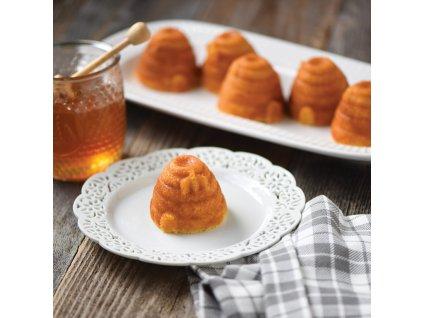 Forma na 6 malých včelích úľov Beehive Bundt® zlatá Nordic Ware