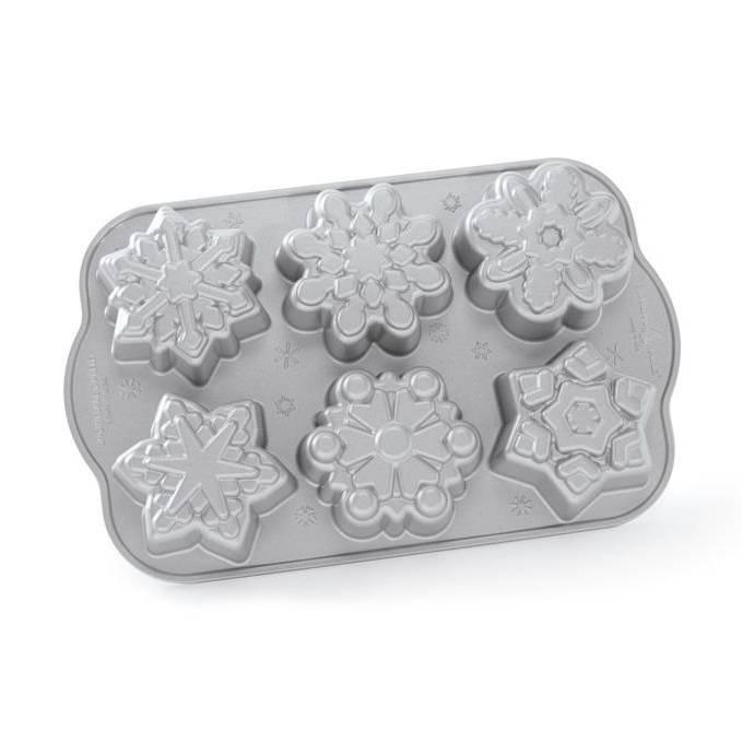 Forma na 6 snehových vločiek Frozen Snowflake Bundt® strieborná Nordic Ware