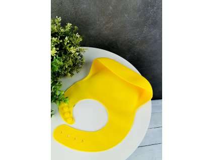 Mushie silikonový bryndáček- Mineral Yellow