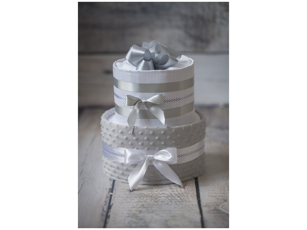 Plenkový dort dvoupatrový s bohatou náplní bílošedý