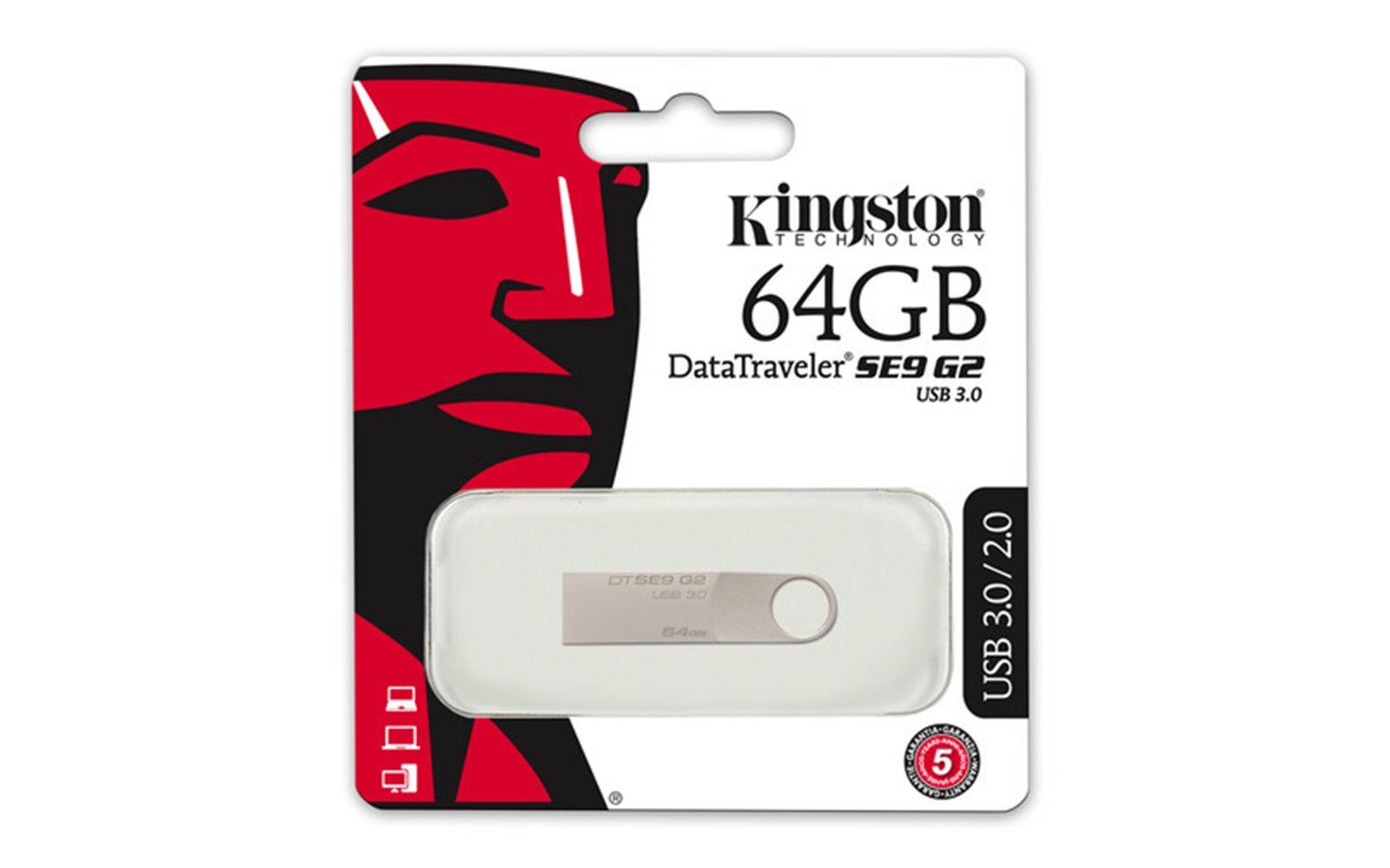 Flash disky, paměťové karty a čtečky