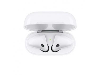 Apple AirPods bezdrátová sluchátka s bezdrátově nabíjecím pouzdrem (2019) bílá