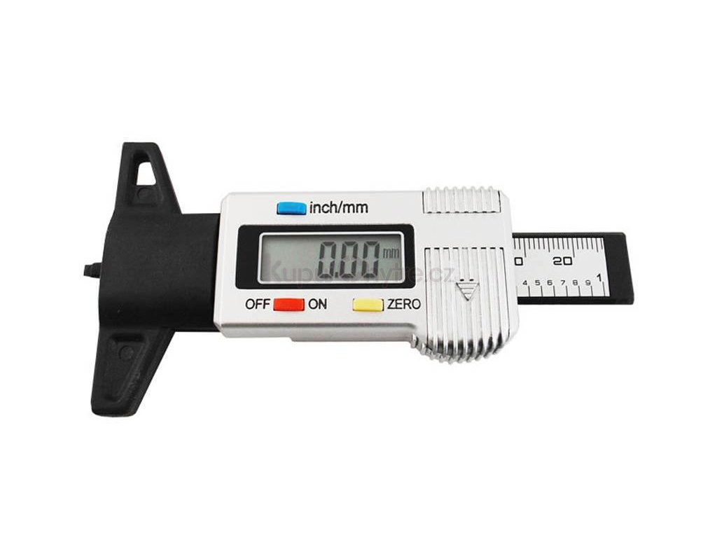 Digitální měrič hloubky dezénu pneumatik