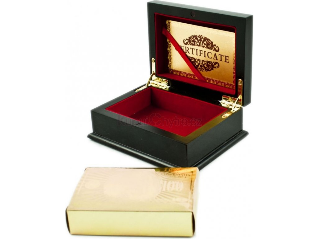 Plastové zlaté karty v luxusní krabičce