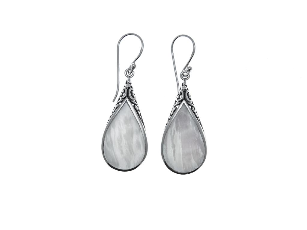 Stříbrné náušnice Kapka s perletí a ornamentem
