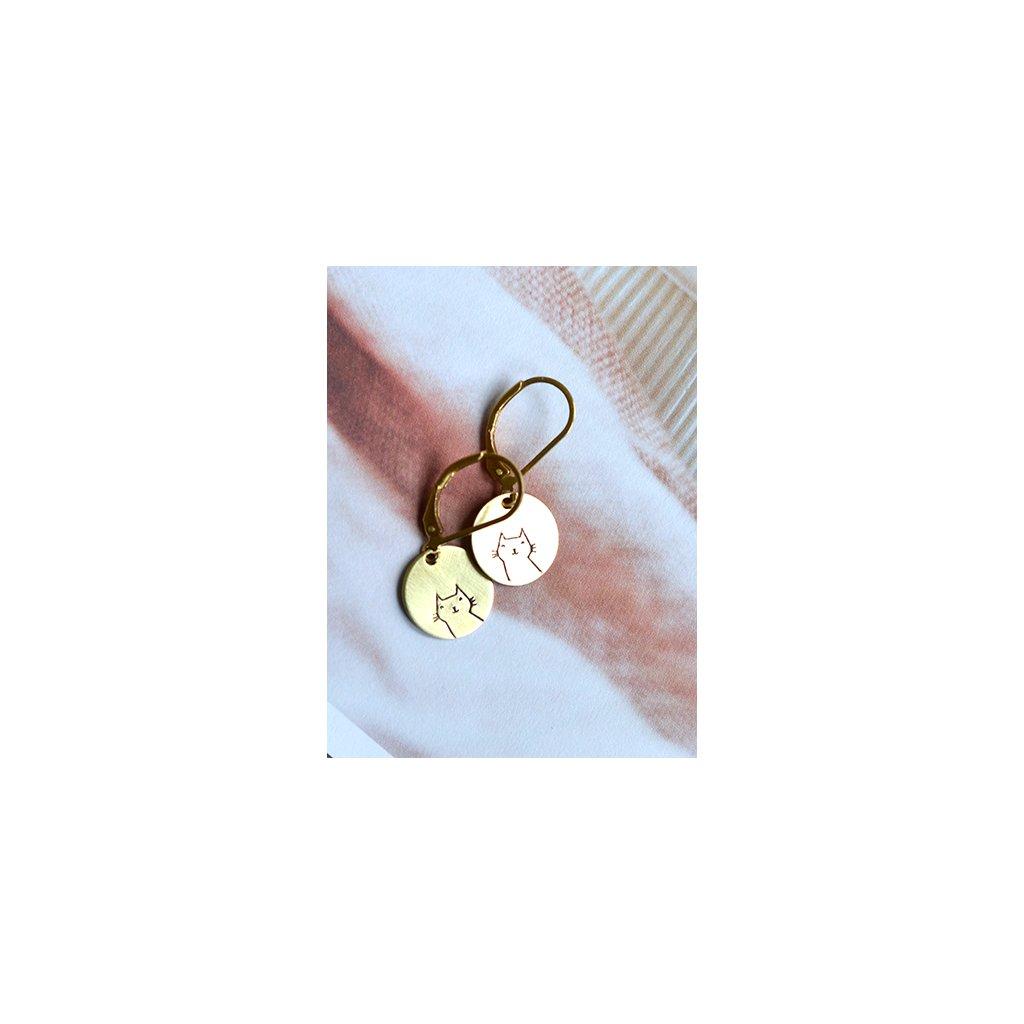 round short cat earrings (1)