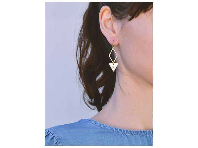 pretty bee earrings (1)