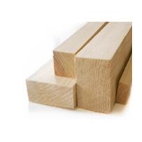 Dřevěné stavební hranoly