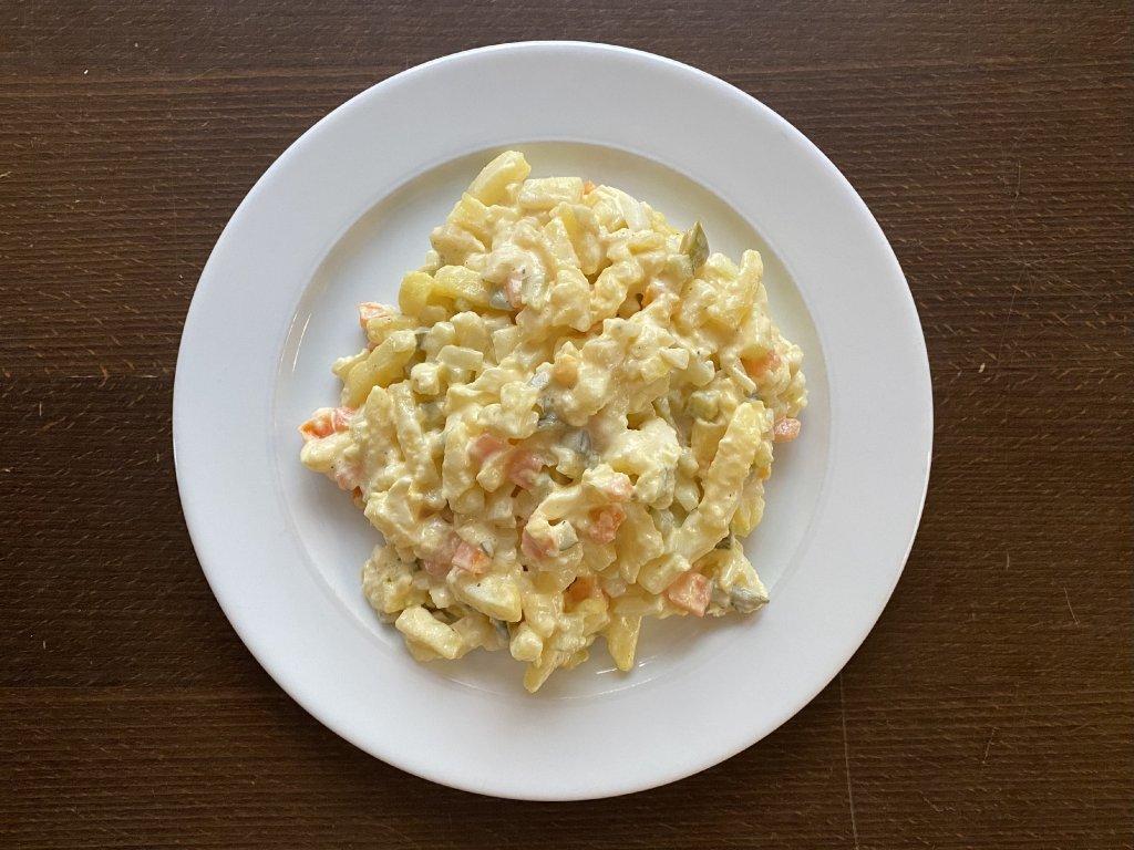 bramborovy-salat-lokal-u-bile-kuzelky