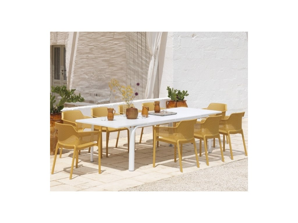 Rozkladací stôl Alloro a stoličky Net