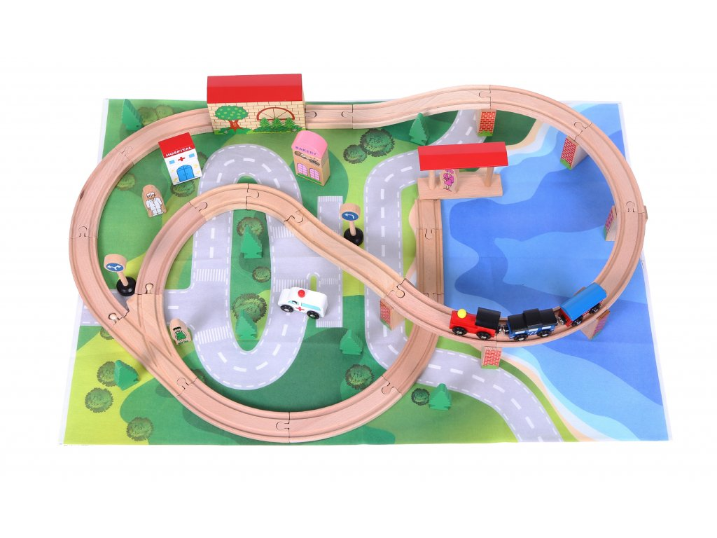 Drevená železnica s vláčikom poháňaným batériami Ecotoys 50 kusov