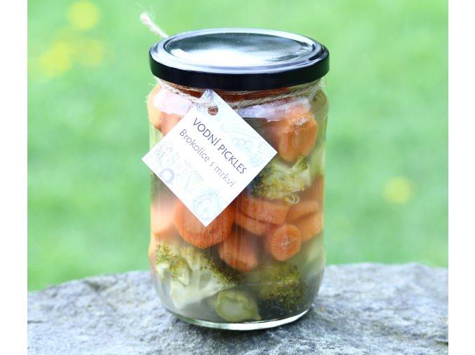 Vodní pickles brokolice s mrkví