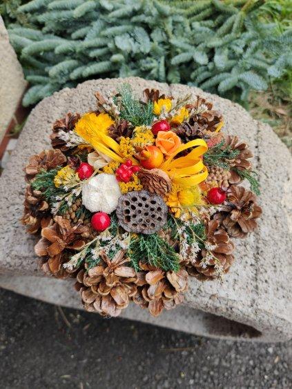 Šiškový bochánek - přírodní dekorace
