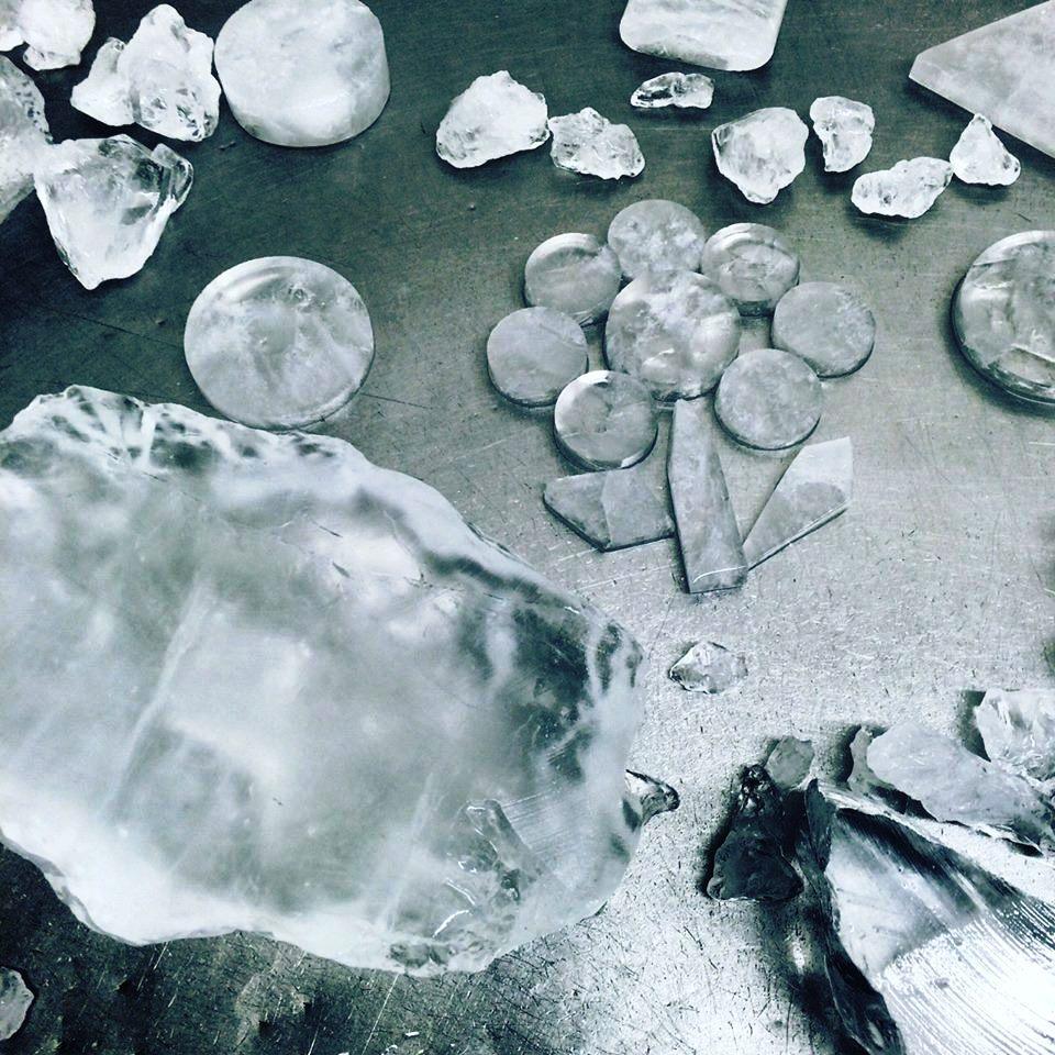 krystaly-kamence