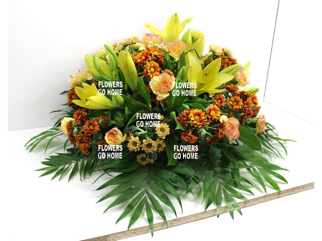 Smuteční dekorace lilie / karafiáty